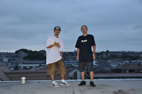 横浜の街の空気を凝縮した老舗の<br>アニバーサリーな1枚を手にしたい<br>– RAH YOKOHAMA 14周年-