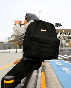 フッドのカリフォルニアで共鳴<br>Chrisの生活を投影したバッグを<br>– UNION × OUTDOOR PRODUCTS –